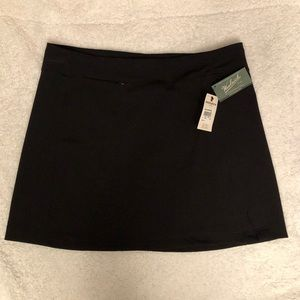 NWT Woolrich excursion skirt. Size XL